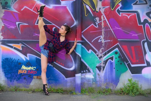 alice shooting photo portrait collaboration photographe nantes adailydream danseuse acrobate graffiti street